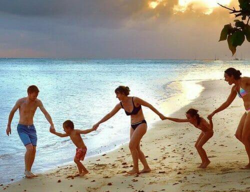 Wat alle samengestelde gezinnen moeten wetenvoor ze op vakantie gaan!